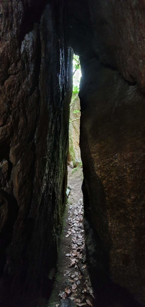 Utsikten innefrån Ola Sonas grotta