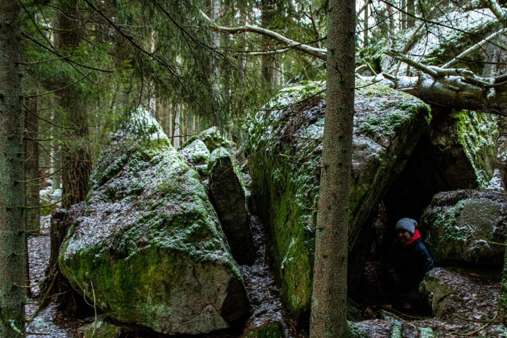 Den lilla grottan vid Pinnö Trollhallar