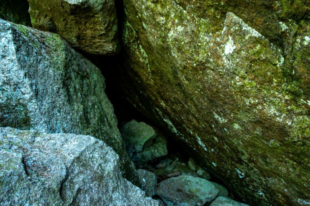 Grottan vid Junker Jägares sten