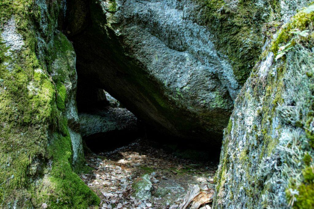 Grottorna vid Läppapuss